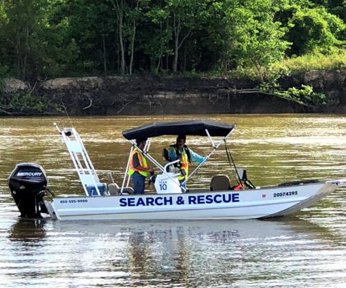 arkansas-cam-sar-our-equipment-aluminum-sonar-boat-1
