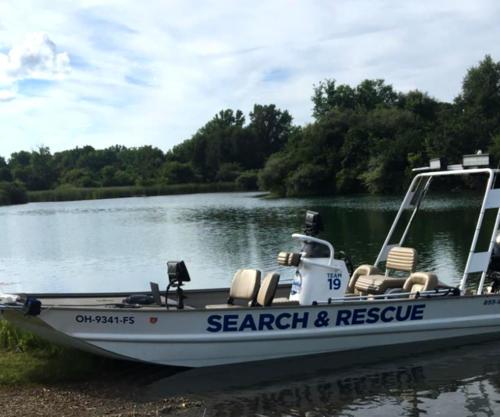 cam-sar-illinois-our-equipment-sonar-boat-1